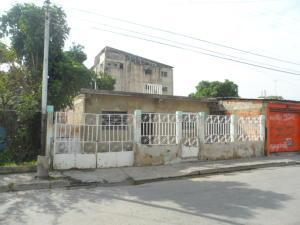 Casa En Ventaen Maracay, Avenida Fuerzas Aereas, Venezuela, VE RAH: 17-11517