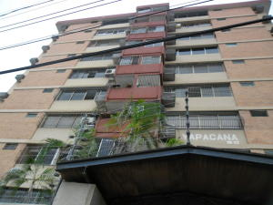 Apartamento En Venta En Maracaibo, Tierra Negra, Venezuela, VE RAH: 17-11524