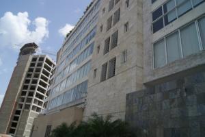 Apartamento En Venta En Caracas - Las Mercedes Código FLEX: 17-10110 No.1