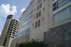 Apartamento En Venta En Caracas - Las Mercedes Código FLEX: 17-10113 No.1