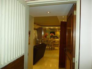 Apartamento En Venta En Caracas - Terrazas del Avila Código FLEX: 17-11556 No.2