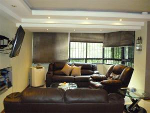 Apartamento En Venta En Caracas - Terrazas del Avila Código FLEX: 17-11556 No.4