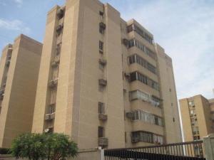 Apartamento En Venta En Maracaibo, Avenida Goajira, Venezuela, VE RAH: 17-11573
