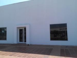 Galpon - Deposito En Alquiler En Maracaibo, Avenida Bella Vista, Venezuela, VE RAH: 17-11587