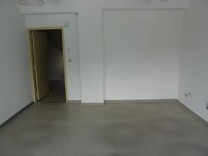 Oficina En Venta En Caracas - Las Mercedes Código FLEX: 15-12156 No.2