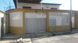 Casa En Venta En Turmero, Valle Lindo De Turmero, Venezuela, VE RAH: 17-11614