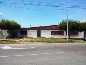 Casa En Venta En Maracaibo, La Picola, Venezuela, VE RAH: 17-11627