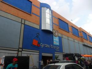 Local Comercial En Venta En Valencia, Centro, Venezuela, VE RAH: 17-11637