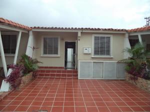 Casa En Venta En Cabudare, Parroquia José Gregorio, Venezuela, VE RAH: 17-11645