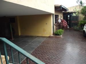 Casa En Venta En Caracas, El Peñon, Venezuela, VE RAH: 17-11690