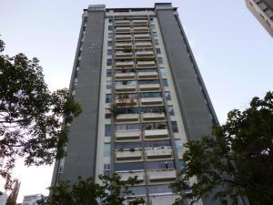 Apartamento En Venta En Caracas, Prados Del Este, Venezuela, VE RAH: 17-11660