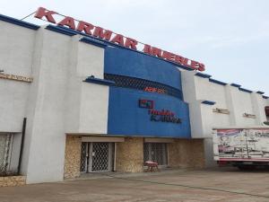 Local Comercial En Venta En Maracaibo, Circunvalacion Dos, Venezuela, VE RAH: 17-10410