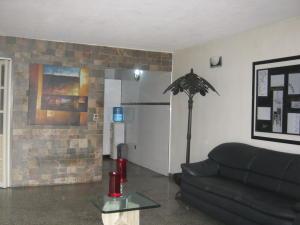 Casa En Venta En Municipio San Diego En La Esmeralda - Código: 17-11669