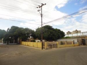 Terreno En Venta En Maracaibo, Los Haticos, Venezuela, VE RAH: 17-11678