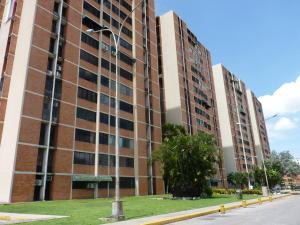 Apartamento En Venta En Maracay, Bosque Alto, Venezuela, VE RAH: 17-11682