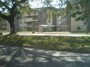 Apartamento En Venta En Maracay, Caña De Azucar, Venezuela, VE RAH: 17-11693