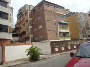Apartamento En Venta En Caracas, Los Chaguaramos, Venezuela, VE RAH: 17-1845