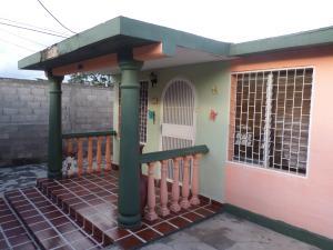 Casa En Venta En Cabudare, Parroquia Cabudare, Venezuela, VE RAH: 17-11718