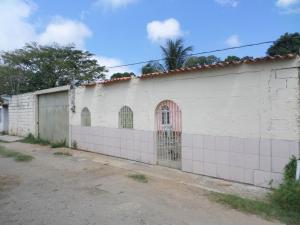 Casa En Ventaen Cabudare, Parroquia José Gregorio, Venezuela, VE RAH: 17-11721