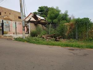 Terreno En Venta En Maracaibo, Avenida Universidad, Venezuela, VE RAH: 17-11743
