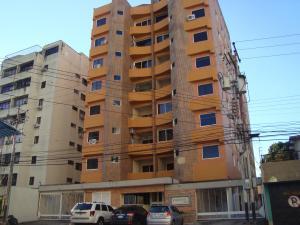 Apartamento En Venta En Valencia, Agua Blanca, Venezuela, VE RAH: 17-11791