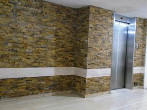 Apartamento En Venta En Caracas - El Marques Código FLEX: 17-11940 No.2