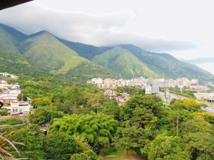 Apartamento En Venta En Caracas - El Marques Código FLEX: 17-11940 No.6