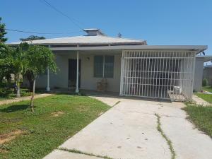 Casa En Ventaen Cabimas, Cumana, Venezuela, VE RAH: 17-11816