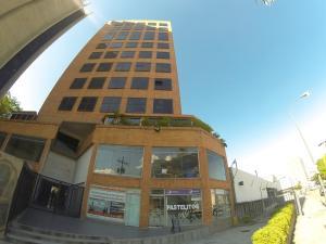 Local Comercial En Alquileren Caracas, El Rosal, Venezuela, VE RAH: 17-11825