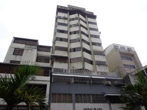 Apartamento En Venta En Caracas, Parroquia La Candelaria, Venezuela, VE RAH: 17-11829