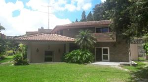 Casa En Ventaen Caracas, La Lagunita Country Club, Venezuela, VE RAH: 17-11836