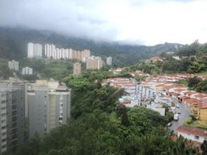 Apartamento En Alquiler En Caracas, Alto Prado, Venezuela, VE RAH: 17-11839