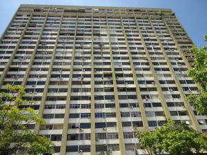 Apartamento En Ventaen Parroquia Caraballeda, Los Corales, Venezuela, VE RAH: 17-11847