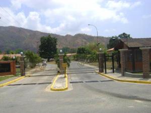 Terreno En Venta En Municipio San Diego, Villas De San Diego, Venezuela, VE RAH: 17-11853