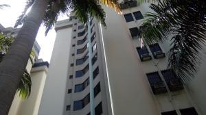 Apartamento En Ventaen Municipio Naguanagua, La Granja, Venezuela, VE RAH: 17-12049