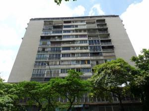 Apartamento En Ventaen Caracas, Los Chaguaramos, Venezuela, VE RAH: 17-11902