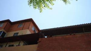 Apartamento En Alquiler En Cabudare, Parroquia Cabudare, Venezuela, VE RAH: 17-11903
