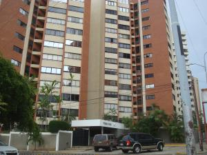 Apartamento En Ventaen Maracaibo, Avenida El Milagro, Venezuela, VE RAH: 17-11937