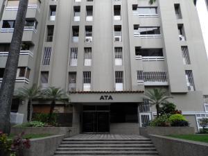 Apartamento En Alquiler En Caracas, El Rosal, Venezuela, VE RAH: 17-12004