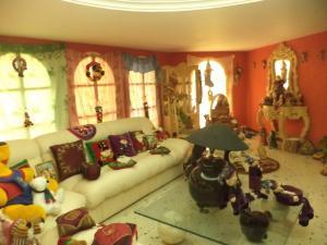 Casa En Venta En Maracaibo, Via La Concepcion, Venezuela, VE RAH: 17-8785