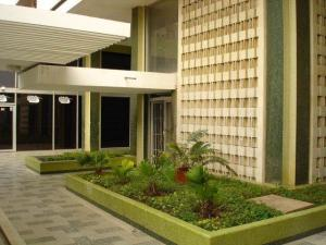 Oficina En Alquiler En Maracaibo, Avenida Bella Vista, Venezuela, VE RAH: 17-11980