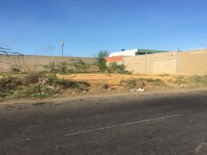 Terreno En Venta En Punto Fijo, Puerta Maraven, Venezuela, VE RAH: 17-12021