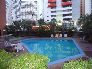 Apartamento En Venta En Maracaibo, 5 De Julio, Venezuela, VE RAH: 17-12024