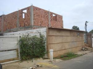 Terreno En Venta En Maracaibo, San Miguel, Venezuela, VE RAH: 17-11749
