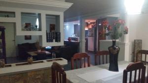 Casa En Venta En Maracaibo, La Paz, Venezuela, VE RAH: 17-12030