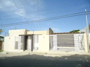 Casa En Ventaen Barquisimeto, Parroquia Concepcion, Venezuela, VE RAH: 17-12032