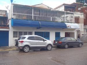 Casa En Venta En Caracas, Los Chaguaramos, Venezuela, VE RAH: 17-12037