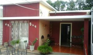 Casa En Venta En Maracaibo, Sierra Maestra, Venezuela, VE RAH: 17-12007