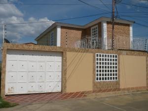 Casa En Venta En Coro, Las Eugenias, Venezuela, VE RAH: 17-12055