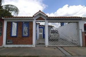 Casa En Venta En Guacara, El Saman, Venezuela, VE RAH: 17-12061